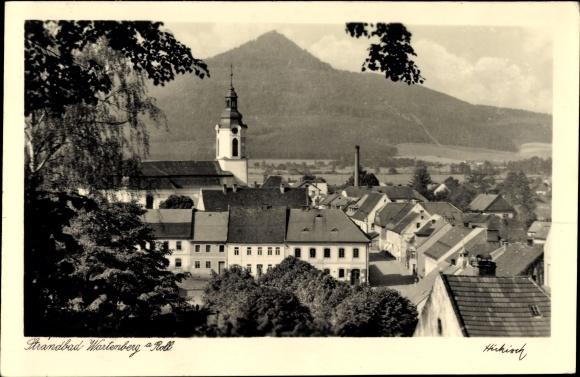 Ak Stráž pod Ralskem Wartenberg am Roll Reg. Reichenberg, Teilansicht vom Ort, Kirche