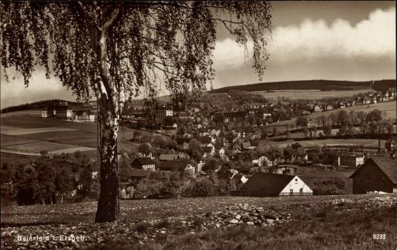 Ak Grünhain Beierfeld im Erzgebirge Sachsen, Gesamtansicht des Ortes, Panorama