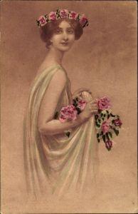 Künstler Ak Junge Frau mit langem  Kleid, Blumenschmuck, Haarkranz