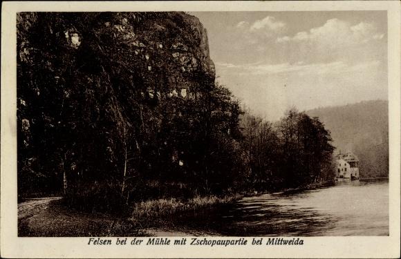 Ak Lauenhain Mittweida in Sachsen, Felsen bei der Mühle, Flusspartie