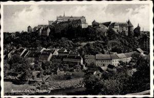 Ak Bautzen in der Lausitz, Blick zum Schloss Ortenburg, Wohnhäuser