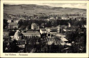 Ak Kudowa Zdrój Bad Kudowa Schlesien, Panorama der Ortschaft, Wandelhalle