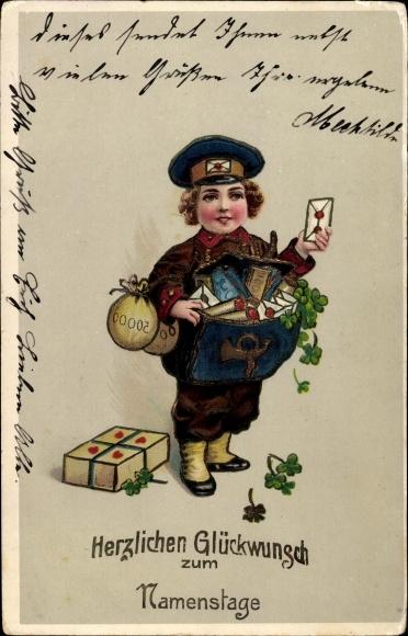 Präge Ak Glückwunsch Namenstag, Postbote bringt Geld, Briefe und Geschenk, Kleeblätter
