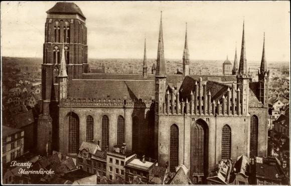 Ak Danzig, Blick auf die Marienkirche, Häuser, Teilansicht der Stadt