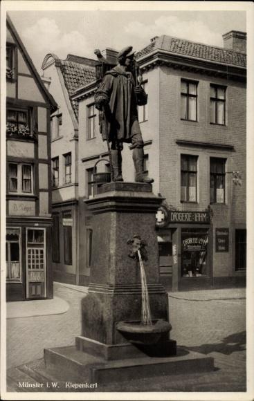 Ak Münster in Westfalen, Partie am Kiepenkerl Denkmal, August Schmiemann, Drogerie Lahm