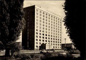 Ak Dresden Zentrum, Hochhaus Hotel dresden tourist, Terrassenufer