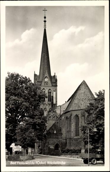 Ak Bad Freienwalde Oder, Außenansicht der Nikolaikirche
