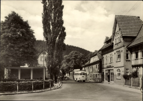 Ak Katzhütte im Schwarzatal Thüringen, Am Karl Marx Platz, Reisebus
