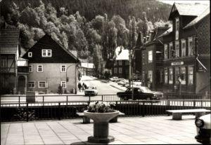 Ak Katzhütte im Schwarzatal Thüringen, Partie am Karl Marx Platz, Postamt, Automobile