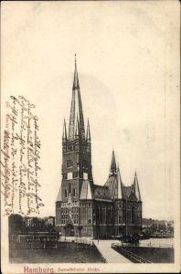 Ak Hamburg Eimsbüttel Harvestehude, Straßenpartie mit Blick auf die Harvestehuder Kirche