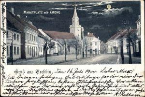 Ak Trebbin im Kreis Teltow Fläming, Marktplatz mit Kirche, Nachtansicht, Mond
