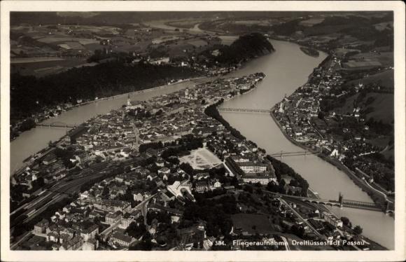 Ak Passau in Niederbayern, Fliegeraufnahme von Ort und Umgebung