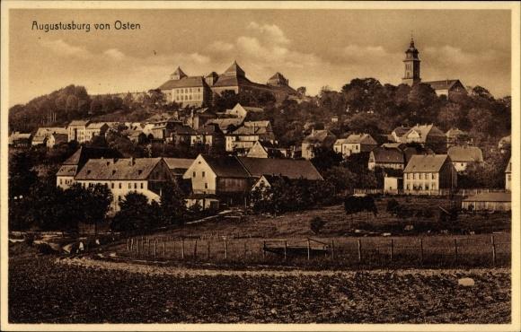 Ak Augustusburg im Erzgebirge, Blick auf den Ort von Osten