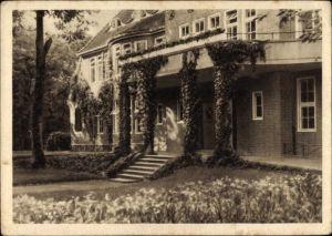 Ak Hamburg Eimsbüttel Niendorf, Außenansicht eines Hauses, Eingang, Treppen, Efeu