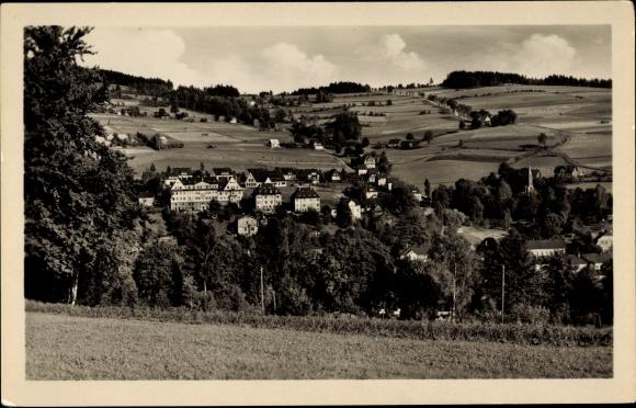 Ak Klingenthal im Vogtland Sachsen, Friedensberg, Ort mit Umgebung