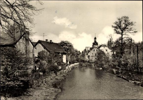 Ak Einsiedel Karl Marx Stadt Chemnitz in Sachsen, Flusspartie, Kirchturm, Häuser