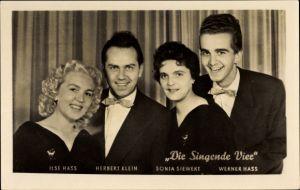 Ak Die Singende Vier, Ilse Hass, Herbert Klein, Sonja Siewert, Werner Hass