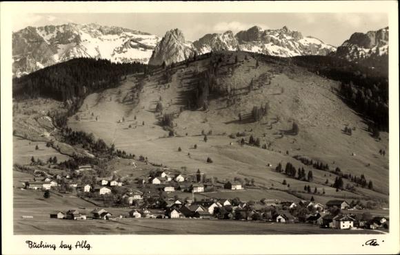 Ak Buching Halblech im Kreis Ostallgäu, Blick auf die Ortschaft mit Geiselstein und Hochplatte