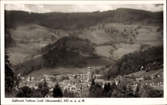 Ak Todtnau im Südschwarzwald Kreis Lörrach, Panorama von der Ortschaft
