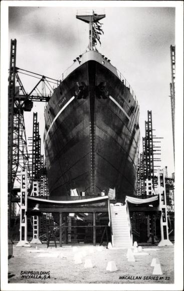 Ak Australien, Whyalla Steelworks, Shipbuilding, Ship Balaar, Dampfer in der Werft