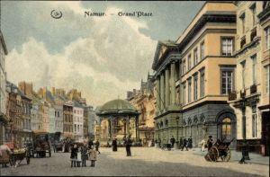 Ak Namur Wallonien Belgien, Grand Place, Partie am Großen Platz