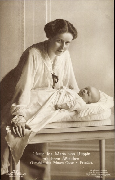 Ak Gräfin Ina Maria von Ruppin mit Sohn, Ehefrau von Oskar Prinz von Preussen, Liersch 7501