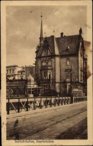 Ak Saarbrücken im Saarland, Blick auf das Schlosscafe, Straßenbahngleise