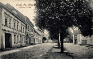 Ak Trebbin im Kreis Teltow Fläming, Blick in die Berliner Straße, Handlung von Willi Albrecht