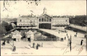 Ak Amiens Somme, La Gare, Blick auf den Bahnhof, Straßenseite, Buvette, Levy & Fils L.L. 112