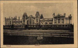Ak Kowel Ukraine, Bahnhof, Gleisseite, Personenzug