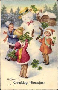 Ak Glückwunsch Neujahr, Schneemann, Hufeisen, Kleeblätter, Geldsack, Kinder, Gelukkig Nieuwjaar