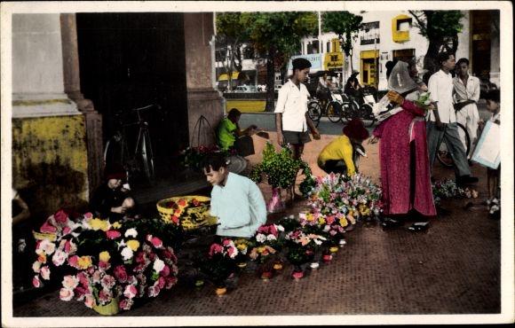 Ak Saigon Cochinchine Vietnam, Marchand de fleurs artificielles, Boulevard Charner, Blumenverkäufer