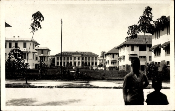 Abidjan datiert