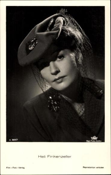 Ak Schauspielerin Heli Finkenzeller, Portrait mit Hut, Tobis Film