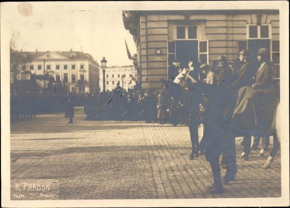 Foto Ak Bruxelles Brüssel, König Albert I. von Belgien, Königin, Prinz