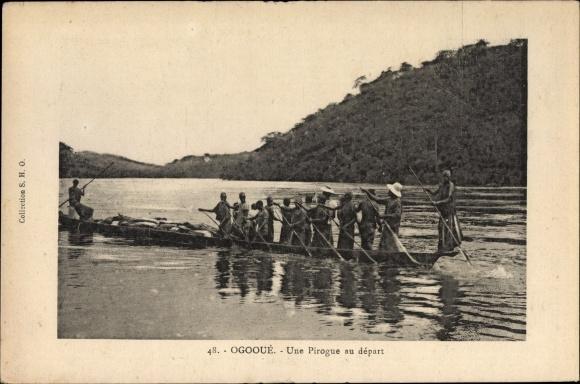 Ak Gabun, Fluss Ogooué, une pirogue au départ, Einbaum