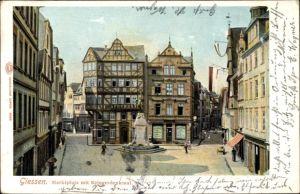 Ak Gießen an der Lahn Hessen, Marktplatz und Kriegerdenkmal