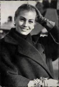 Ak Schauspielerin und Model Anita Ekberg, Portrait, Das Mondkalb