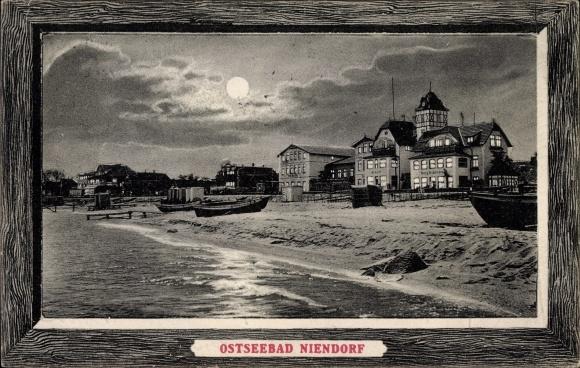 Passepartout Ak Niendorf Timmendorfer Strand in Ostholstein, Blick auf Strand und Hotels