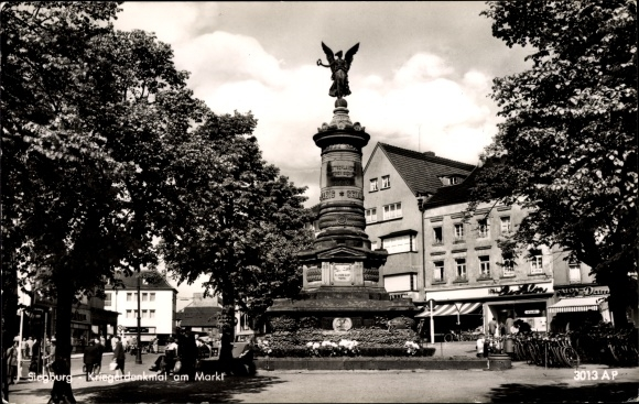 Ak Siegburg im Rhein Sieg Kreis, Kriegerdenkmal am Markt