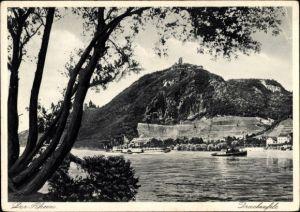 Ak Königswinter im Rhein Sieg Kreis, Rheinpartie mit Blick auf den Ort, Drachenfels, Flussdampfer