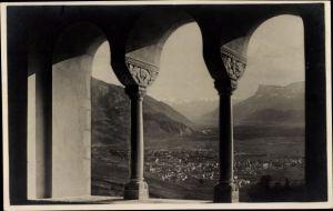 Ak Meran Merano Südtirol, Castello Tirolo, Veduta dalla sala Imperiale su Merano