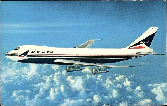 Ak Passagierflugzeug, Delta Airlines, Boeing 747, Wolken