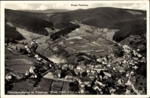 Ak Kleinschmalkalden Floh-Seligenthal in Thüringen, Fliegeraufnahme, Panorama vom Ort, Klinke 15239