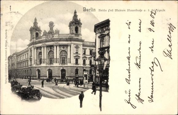 Ak Berlin Mitte, Reichspostmuseum, Mauerstraße Ecke Leipziger Straße, Passanten