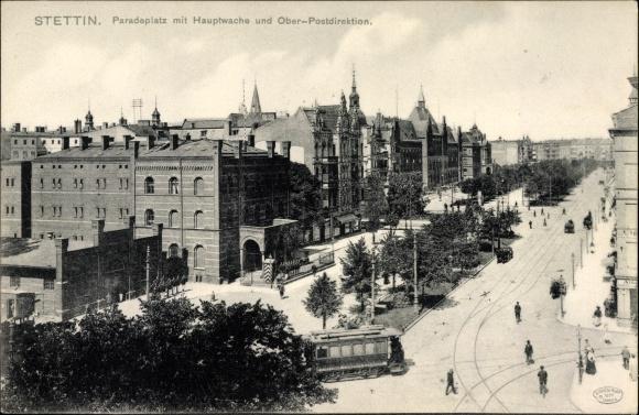 Ak Szczecin Stettin Pommern, Paradeplatz mit Hauptwache und Oberpostdirektion, Straßenbahn