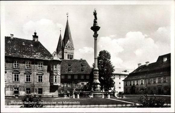 Ak Eichstätt in Oberbayern, Residenzplatz mit Mariensäule