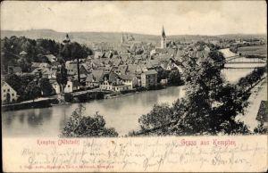 Ak Kempten im Allgäu Schwaben, Flusspartie mit Blick auf die Stadt