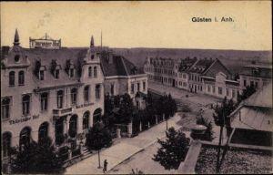 Ak Güsten im Salzlandkreis, Teilansicht der Stadt, Thüringer Hof, Bes. R. Vondran