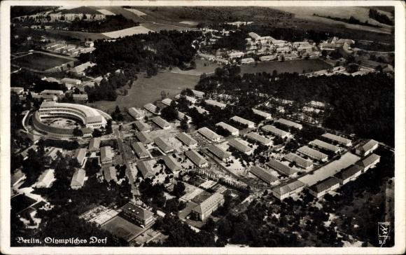 Ak Elstal Wustermark Brandenburg, Fliegeraufnahme vom Olympischen Dorf, Klinke & Co. B 3
